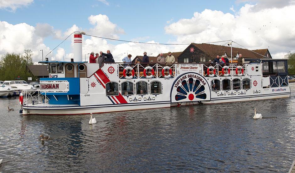 River Trips On The Norfolk Broads Wroxham Boat Trips