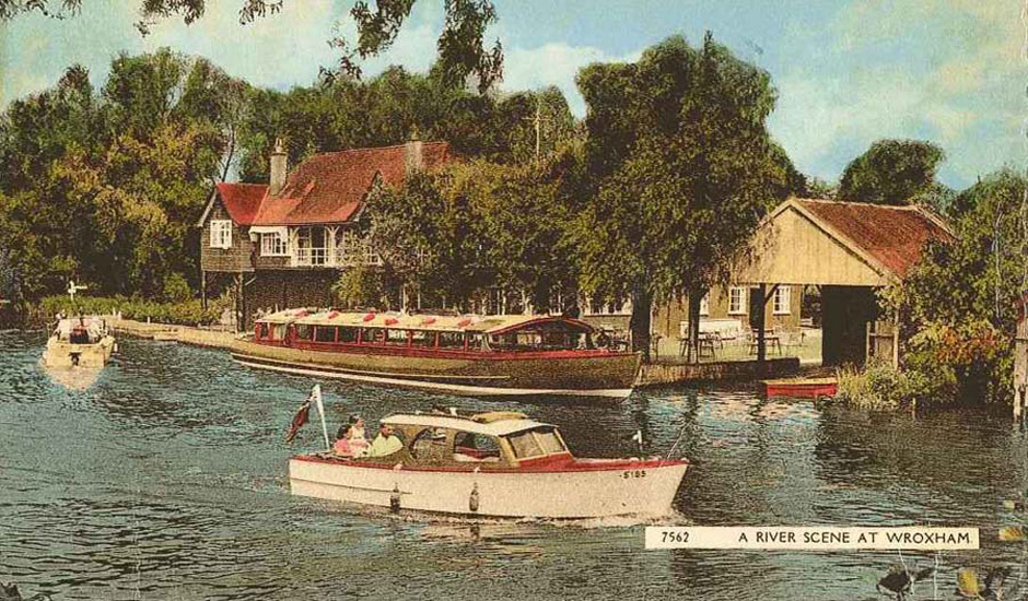 river scene at wroxham
