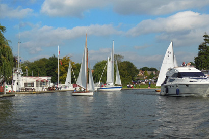norfolk broads sail boats