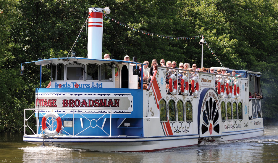 vintage broadsman river trips broads tours wroxham. Black Bedroom Furniture Sets. Home Design Ideas